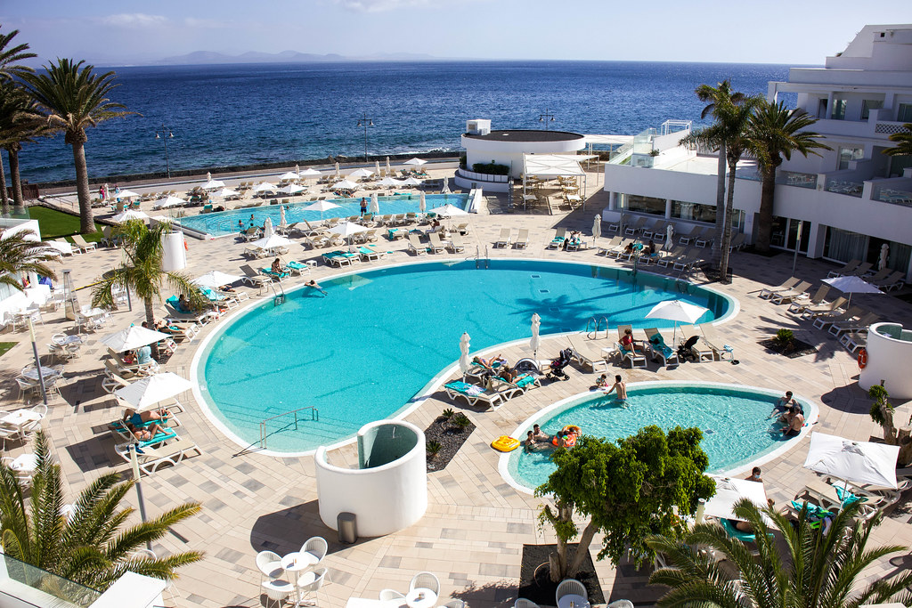 Piscinas del Hotel Iberostar Lanzarote Park