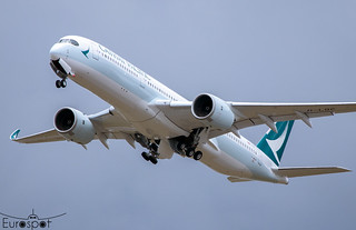 F-WZHE / B-LQC Airbus A350-941 Cathay Pacific s/n 393 - First flight * Toulouse Blagnac 2021 *