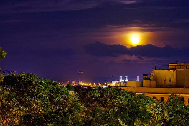 Alumbra luna