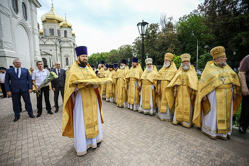 27 июня 2021, В краевой столице встретили ковчег с мощами благоверного князя Александра Невского