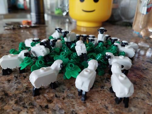 lego sheep 2021