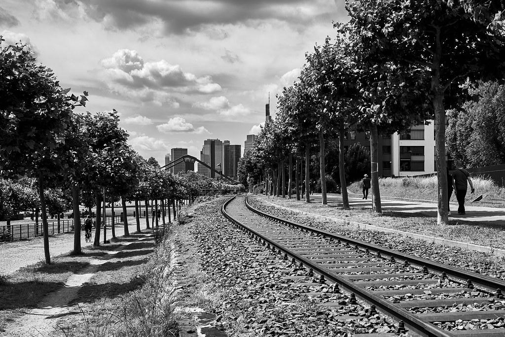 Track to Frankfurt