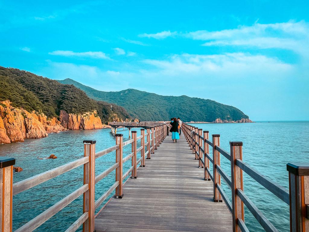 Hanagae Bathing Resort Walkway in Incheon | Korea Incheon Tourist Attraction