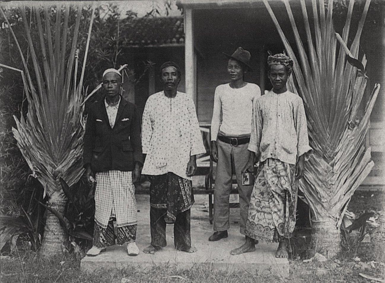 Долан, Геббай, Канаму и Карсимай. Малайцы. Суматра