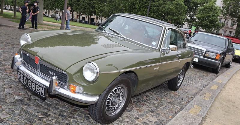 MG/B GT V8 / 1973  51275510625_27f8e3cffd_c