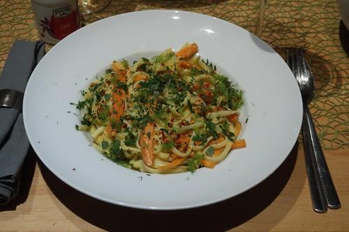Pasta in Orangensauce mit Fenchel und Möhre (mein Teller)