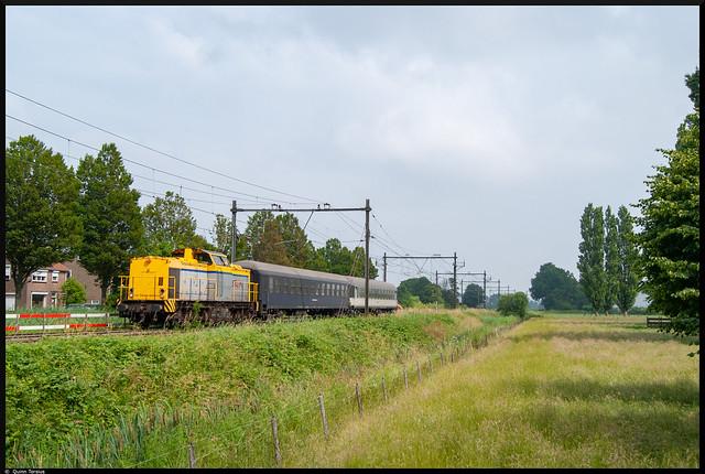 Shunter 203 102 // Overbrenging Bm's 88453 // Biezelinge, 26 juni 2021