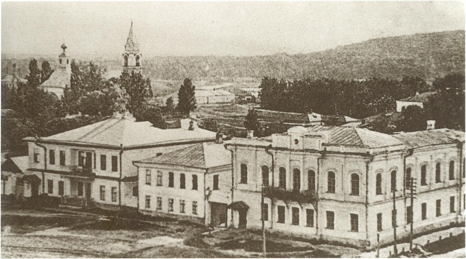 Гимназия Товаровой