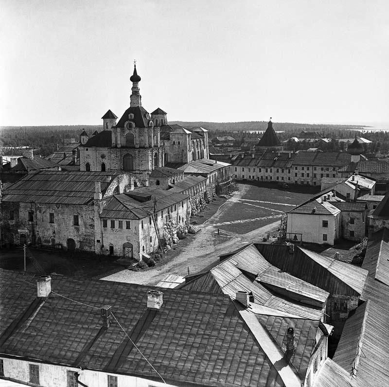 04. 1960. Монастырь (вид с северо-запада)