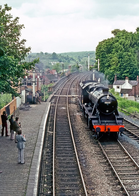 8233, Bewdley, Worcestershire, May 1975