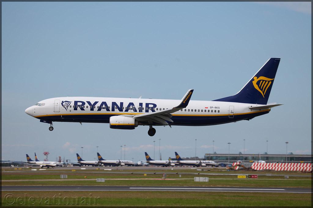 SP-RKS | Boeing 737-8AS(W) | Ryanair Sun