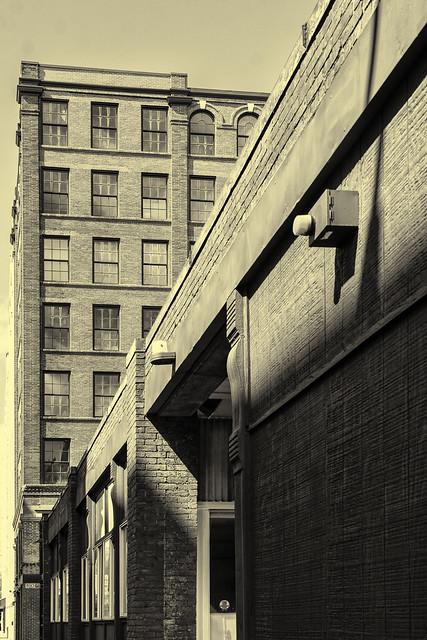 Side Street Mono 2