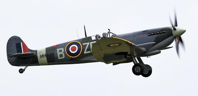 RAF Supermarine Spitfire MkIXB G-ASJV MH434 ZD-B
