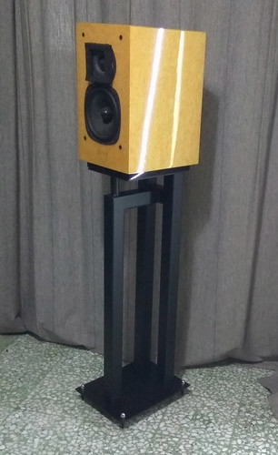 Acoustic Speaker Stand (used) 51277954762_b7bc54c75e