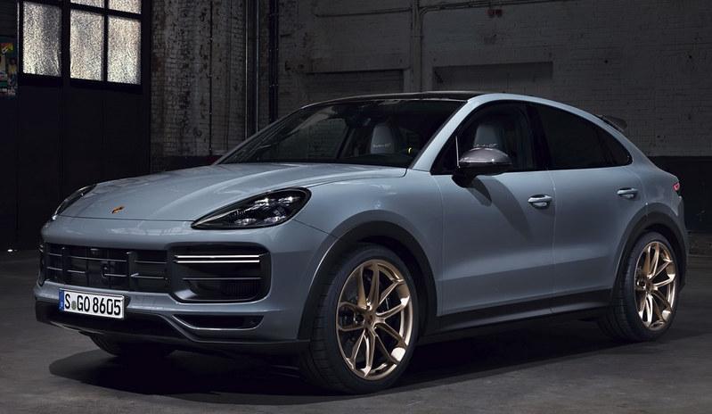 2022-Porsche-Cayenne-Turbo-GT-5