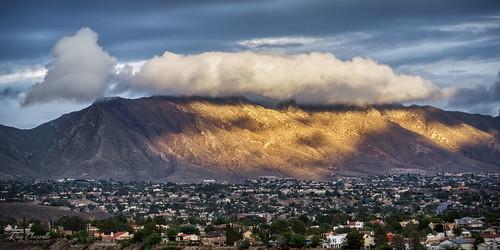 clouds elpaso texas franklinmountains desert southwest landscape sonya7iii sonyfe100400mmf4556gmoss