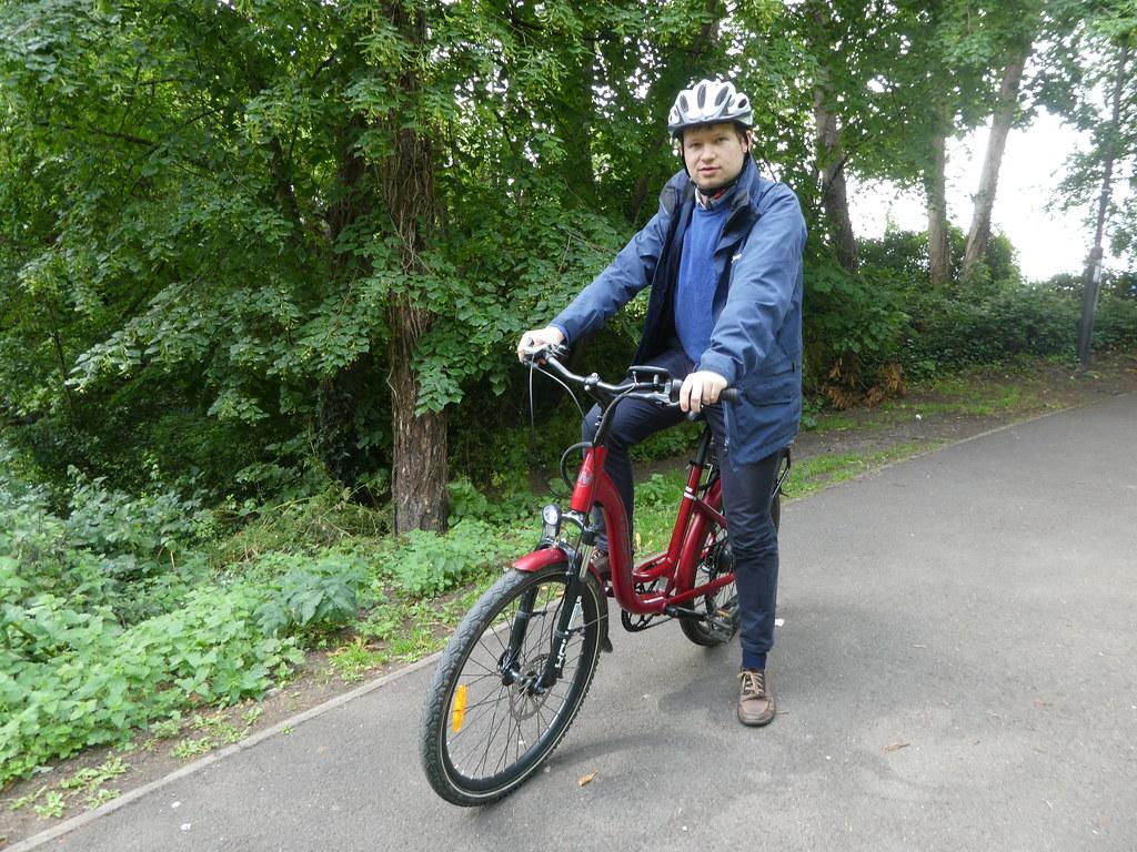 Bicycle Hub Cheltenham, e-bike hire