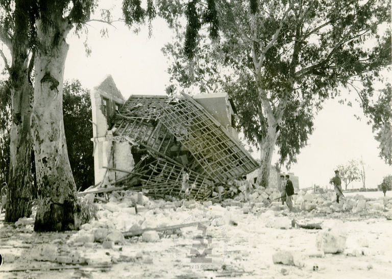 Ramla-station-after-explosion-by-insurgents-194511-ybz-0677-555
