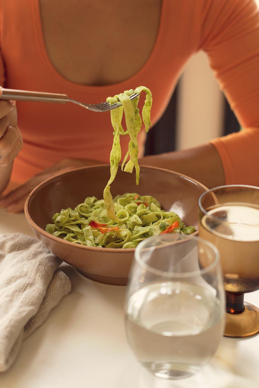 02-nasturtium-pesto-pasta-homegrown-farmtotable-recipe-food