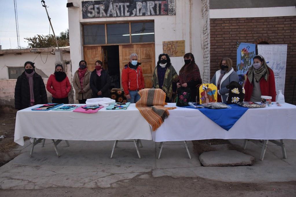 2021-07-01 : DESARROLLO HUMANO:  Hilar San Juan comenzó a capacitar a emprendedores de 25 de Mayo
