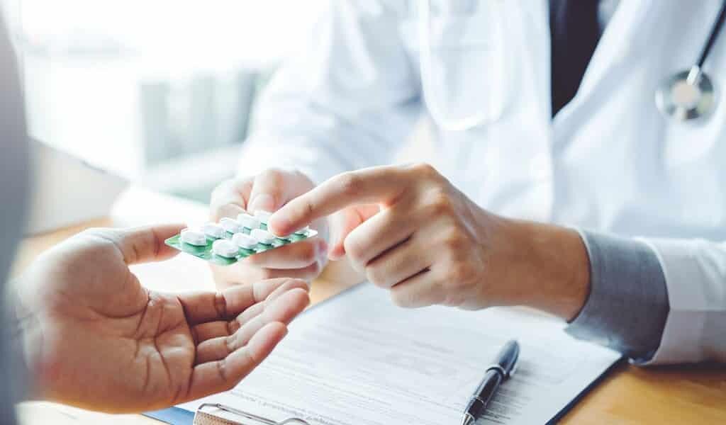160-médicaments-reconvertis-contre-le-covid-19