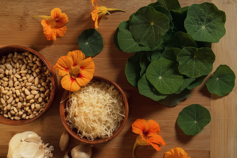 01-nasturtium-pesto-homegrown-farmtotable-recipe-food