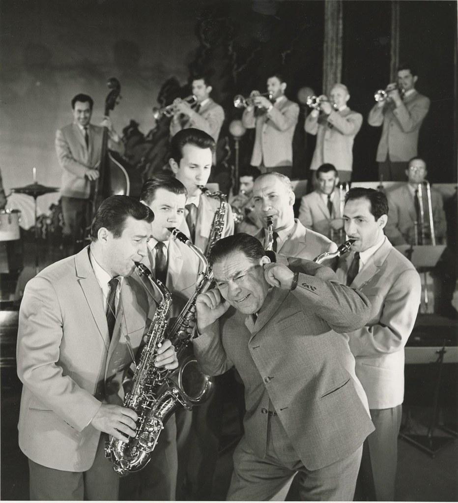 1954. Леонид Утесов и его оркестр (1)