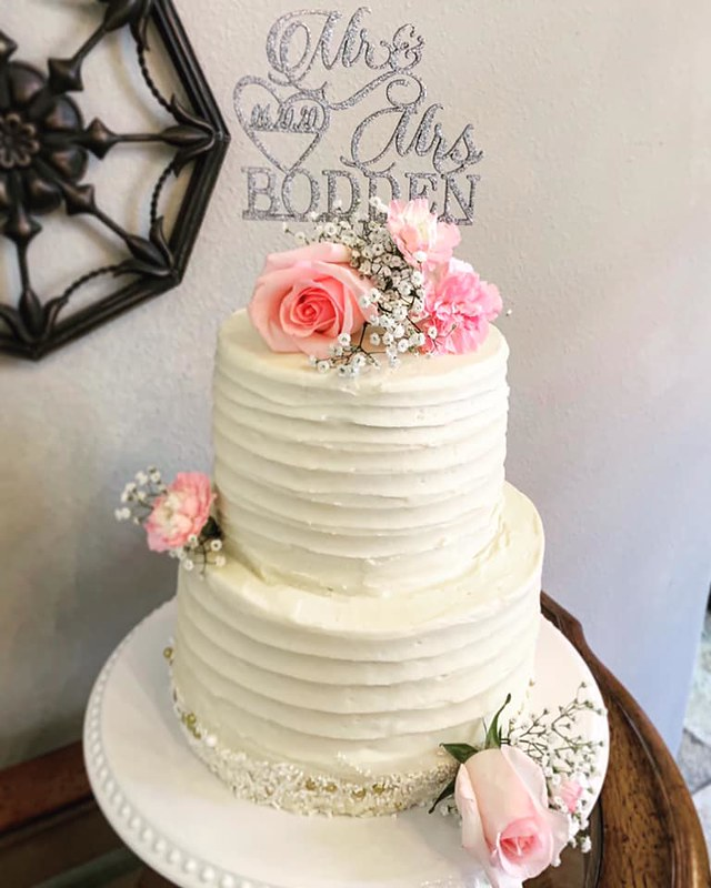 Cake by Sunshine Sweets