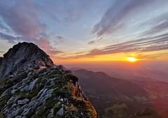 Tomlishorn (2 132 m) při západu slunce