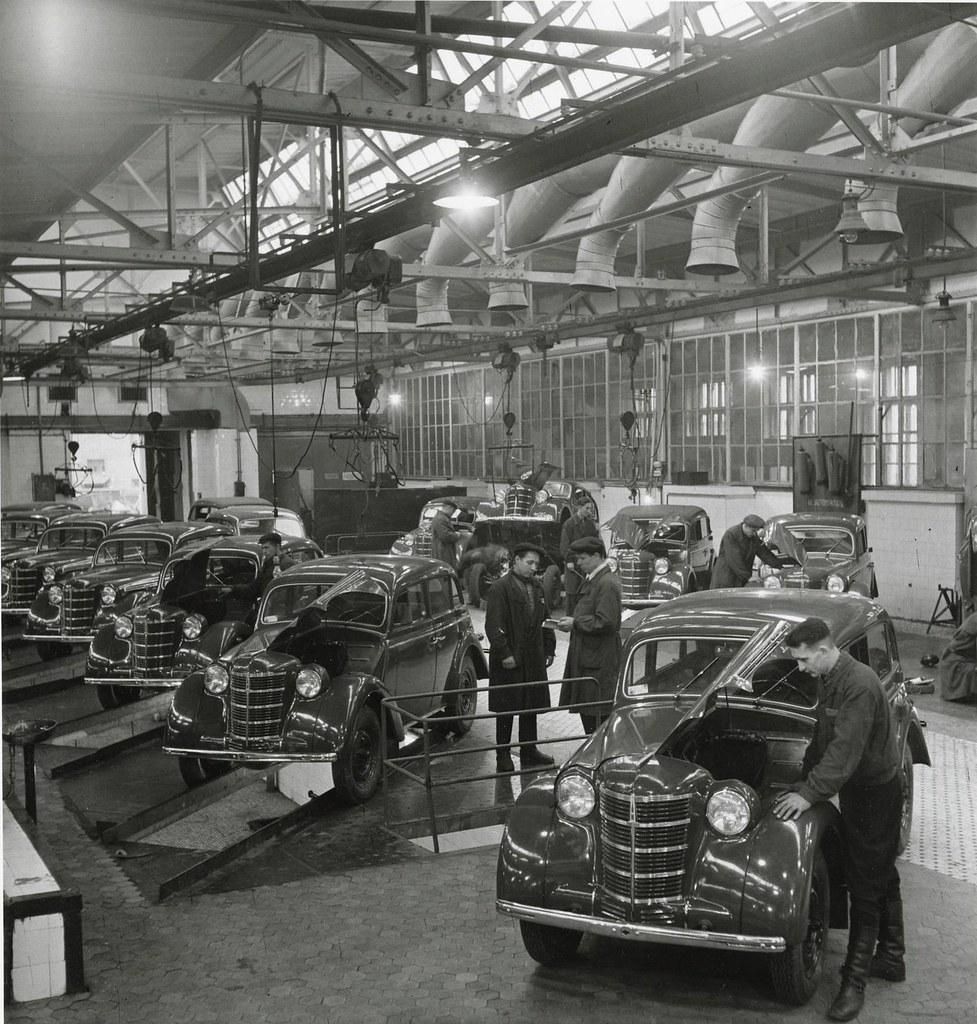 1951. Московский завод малолитражных автомобилей. МЗМА. Автомобили «Москвич-400»