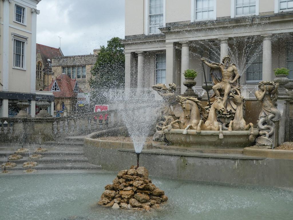 Neptune Fountain, Cheltenham