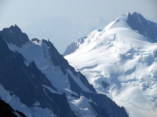 Mount Agur and Munday Pinnacles
