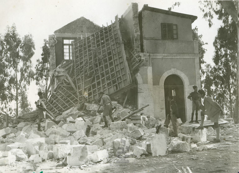 Ramla-station-after-explosion-by-insurgents-194511-ybz-0677-551
