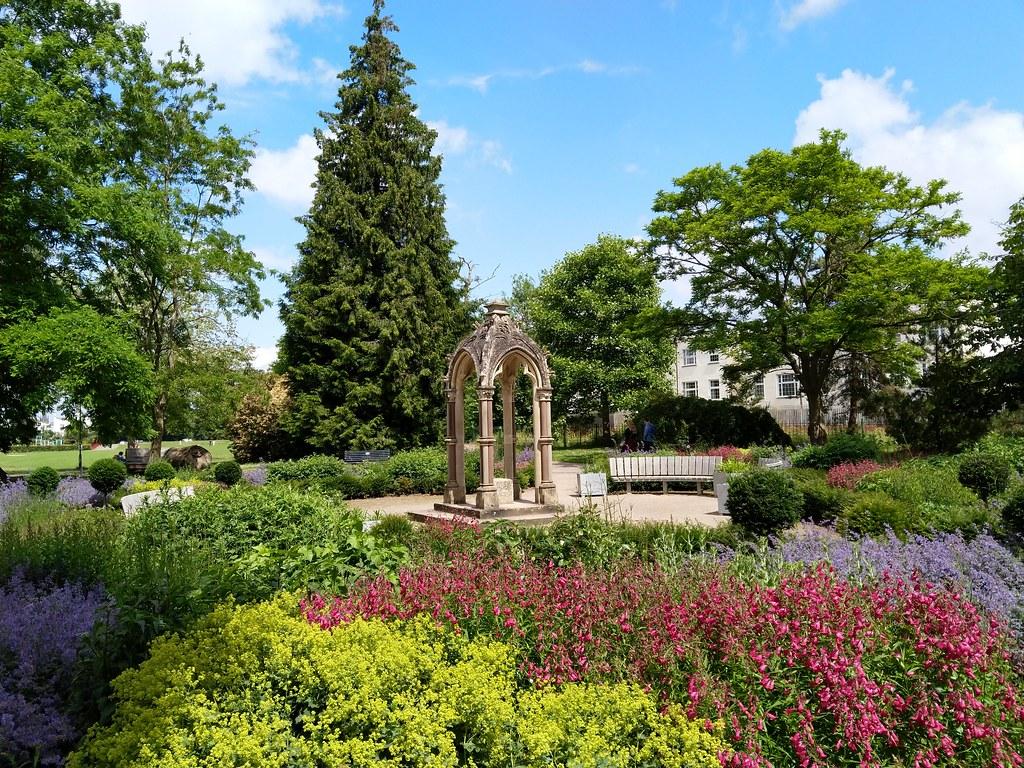 Sandford Park, Cheltenham