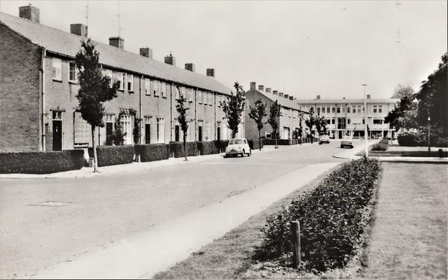 Ansichtkaart - Gorinchem, A.B.C. straat (Uitg. Mw. H.P.H. Roza de Groot - Geitz, Hilversum)