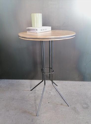 Table haute Montanea