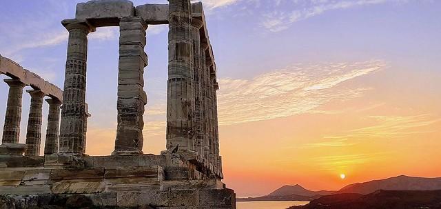 Sunset behind the columns