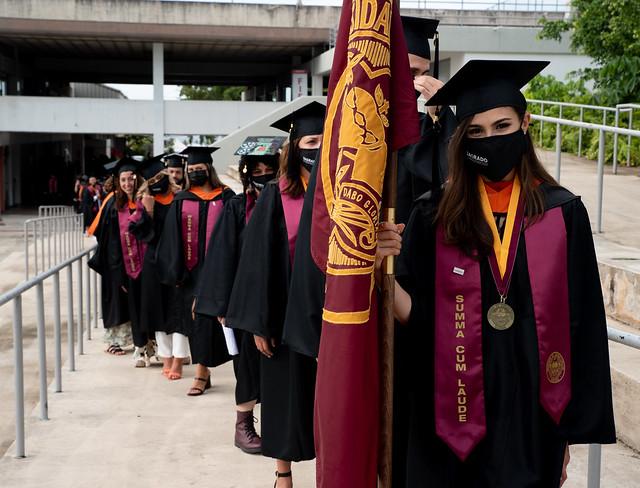Graduación 2020 y 2021