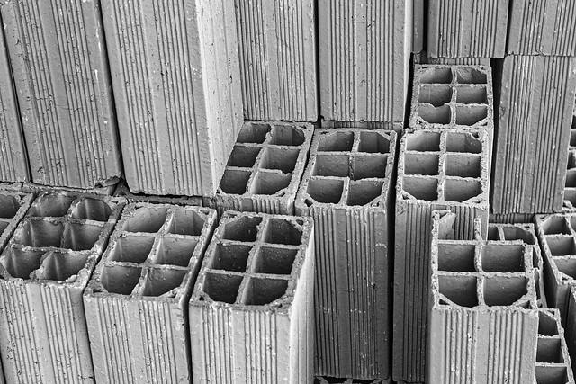 Ceramic blocks in the stack