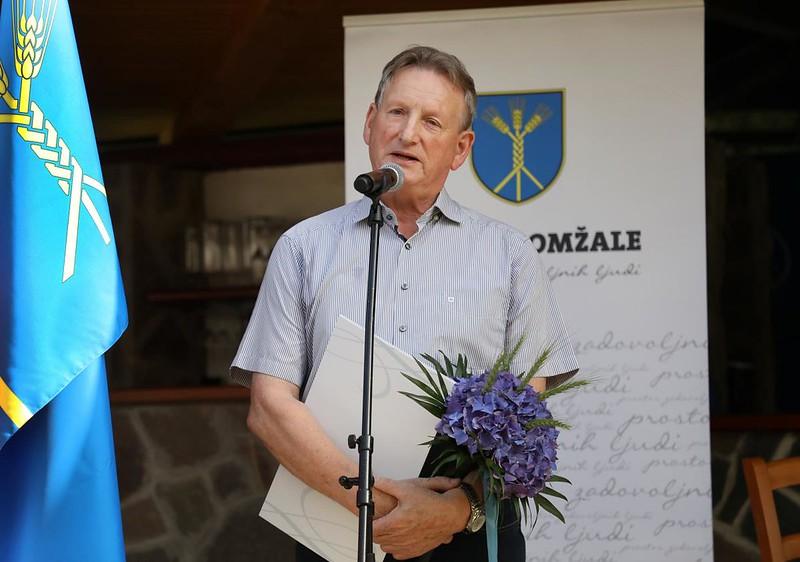 2021 - Častni občan Občine Domžale je Alojz Stražar