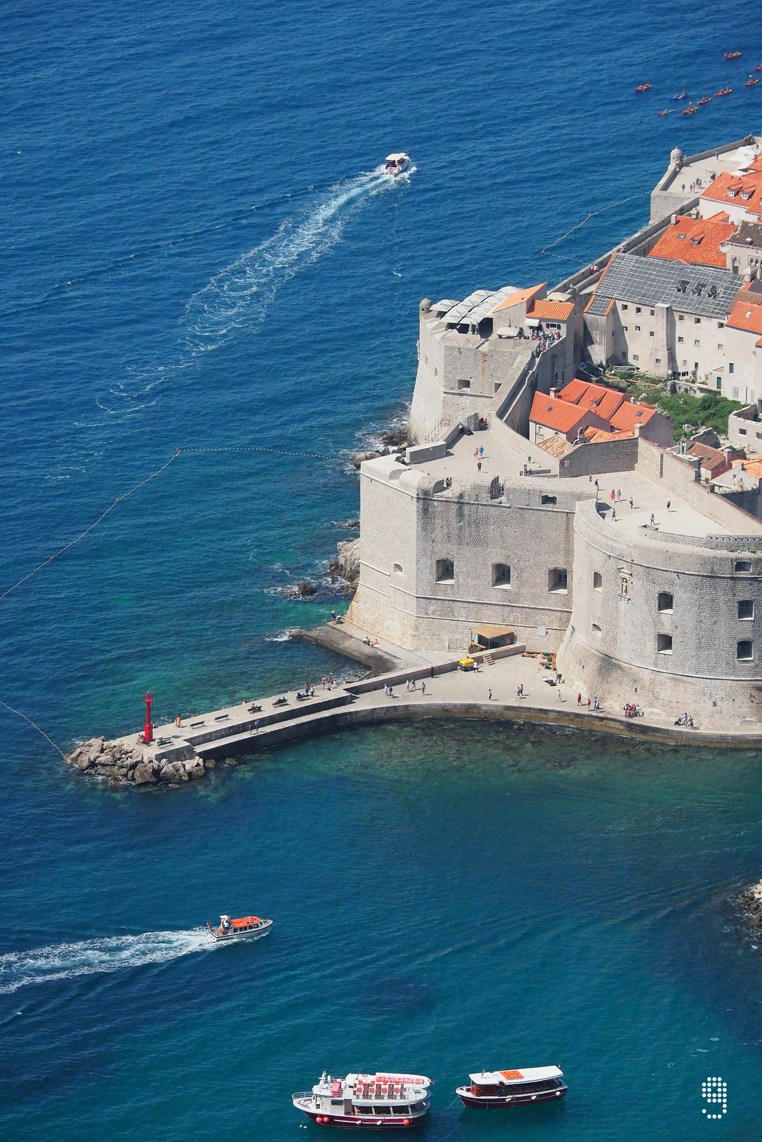 Mulo Tower 保護舊城港口的入口始建於1346年