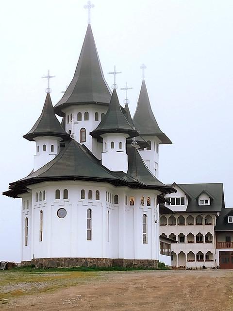 Manastirea - Pasul Prislop