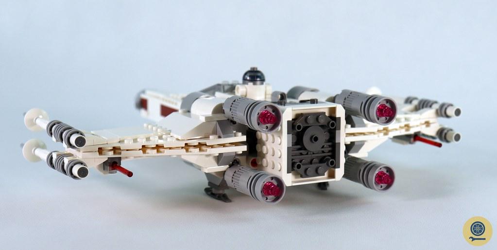 75301 Luke Skywalker's X-wing Fighter (2)