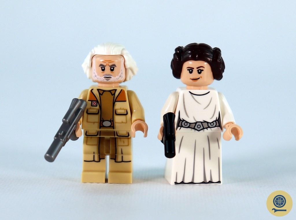 75301 Luke Skywalker's X-wing Fighter (4)
