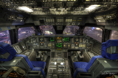 jsc nasa spacecenterhouston adventure cockpit orbiter shuttle spaceshuttle creativecommons portfolio space