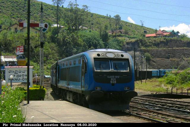 S12 928 Arriving Nanuoya (Podi Menike No 1006 Badulla-Colombo Fort) in 08.03.2020