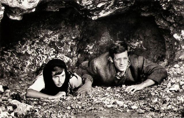 Eleonora Brown and Jean-Paul Belmondo in La ciociara (1960)