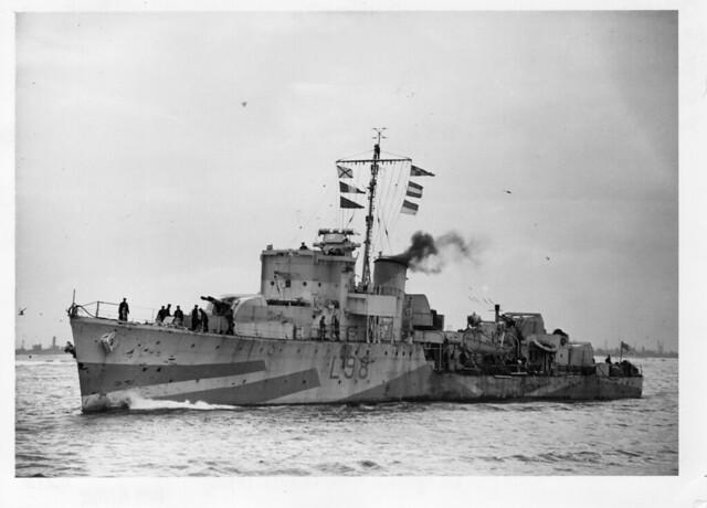 HMS  OAKLEY L98
