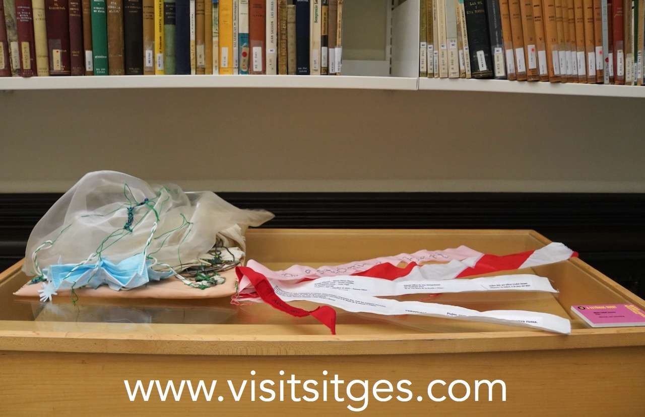 Mostra de llibres d'Artista i foto de família