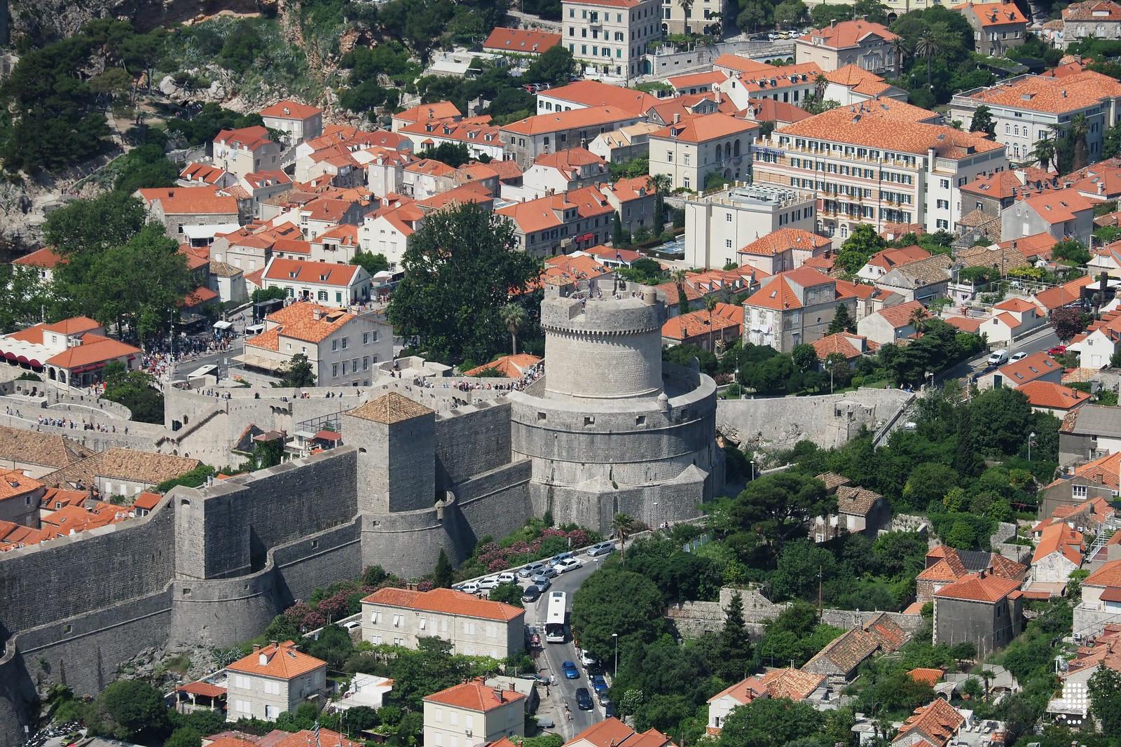 Minčeta Tower是古城區最美麗的堡壘,被視為這座城市的象徵。